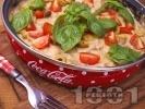 Рецепта Пилешки бутчета с течна сметана, гъби печурки и зелени маслини на тиган